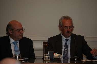 Foto: Manuel Solanet, presidente de la Academia, en la apertura del acto
