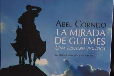 Foto: La Mirad de Güemes fue otro de los libros que se exhibieron