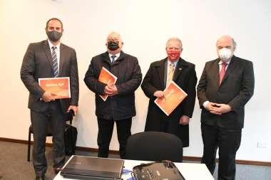 Foto: Dr. Diego Pérez- Dr. Guillermo Catalano- Vicegobernador Antonio Marocco- Dr. Abel Cornejo