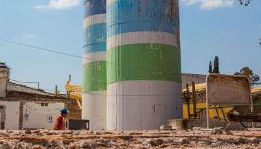 Las torres de San Remo que Huergo derrumbó por casi $4 millones a pedido de la empresa estatal Cosaysa.