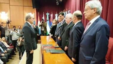 El juramento del nuevo integrante del máximo tribunal salteño.